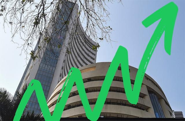 market reaches 48500 level for the first time