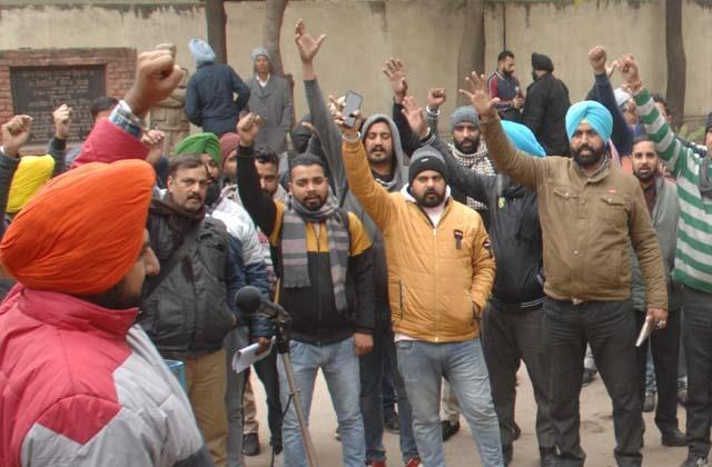 punjab roadways  panbas workers warned of agitation