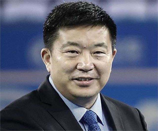 wuhan mayor who warned world of mass holiday resigns