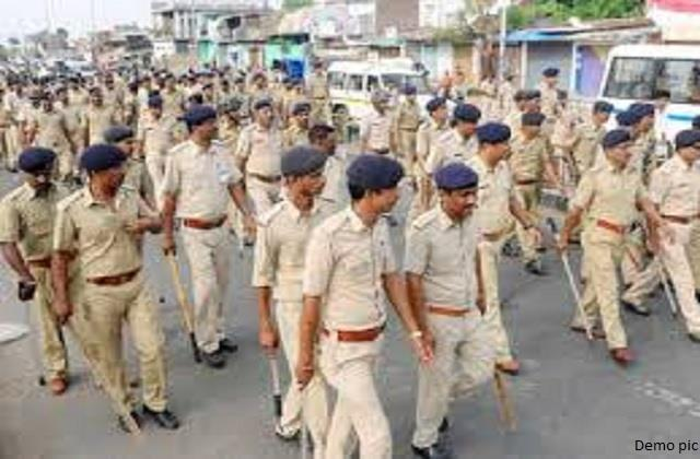 2000 jawans leave for election duties