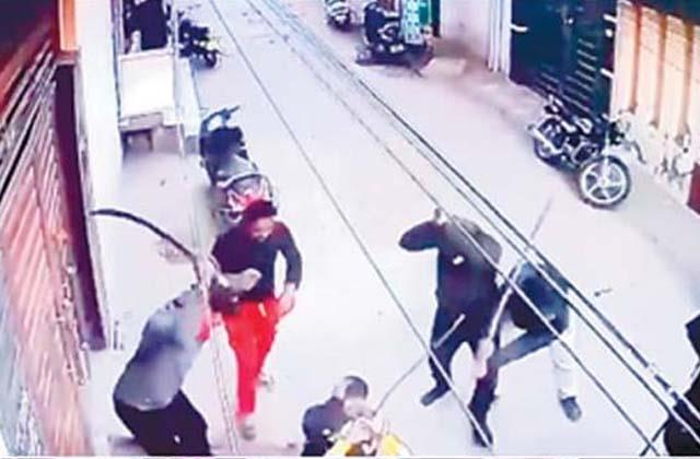 hooliganism in jalandhar youth attacked with sharp weapons