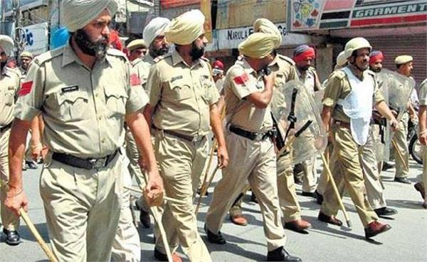 now punjab police employees will  spy  on each other in jails