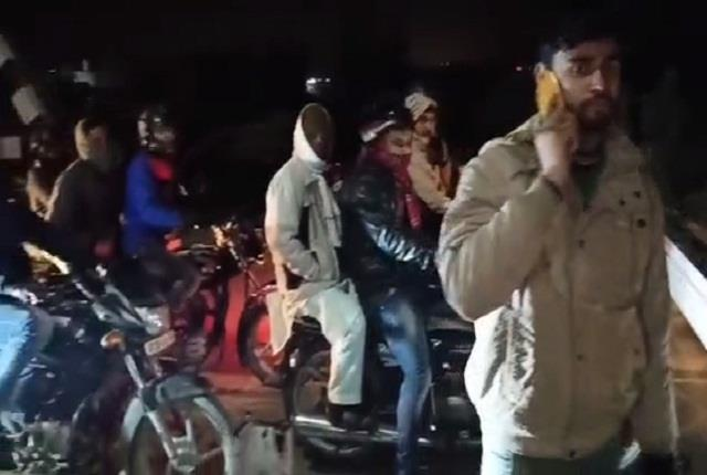 moradabad two bike ridden youth died due to train injuries