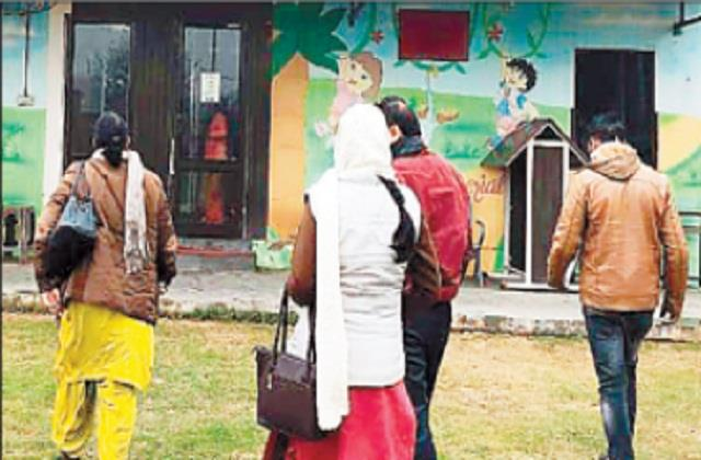 education officer did surprise inspection of private schools created a stir