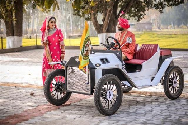 the color of the movement is also increasing on the wedding vehicles