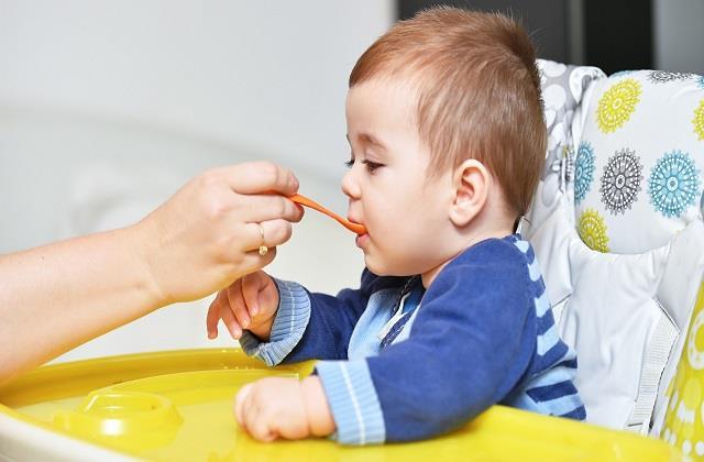 शिशु को पिलाएं दाल का पानी, आयरन की कमी पूरी होकर मिलेगा भरपूर पोषण