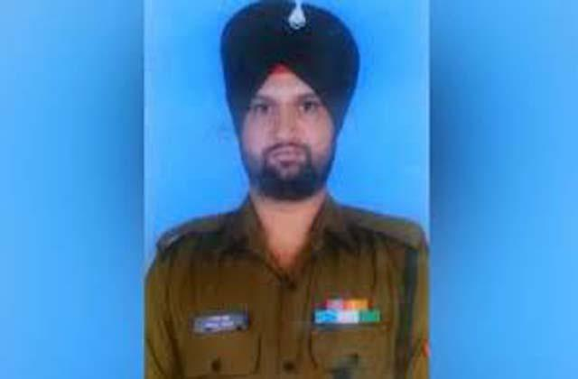 an army soldier martyred in pakistani firing in poonch