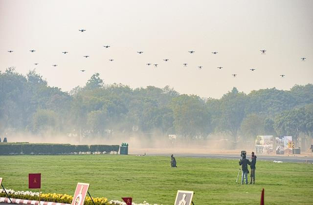 drone campaigns performed for the first time in army day parade