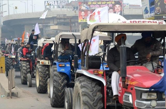 farmers leaders issue guidelines for r day tractor parade