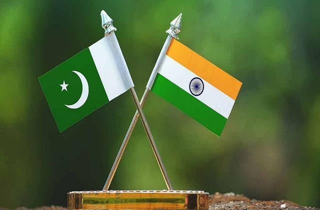 india pakistan submitted list of nuclear installations to each other
