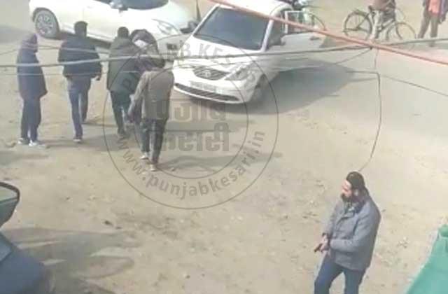 firing in jalandhar bus stand