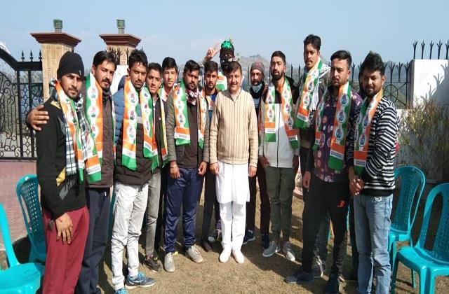 dozens of youth join congress in sujanpur