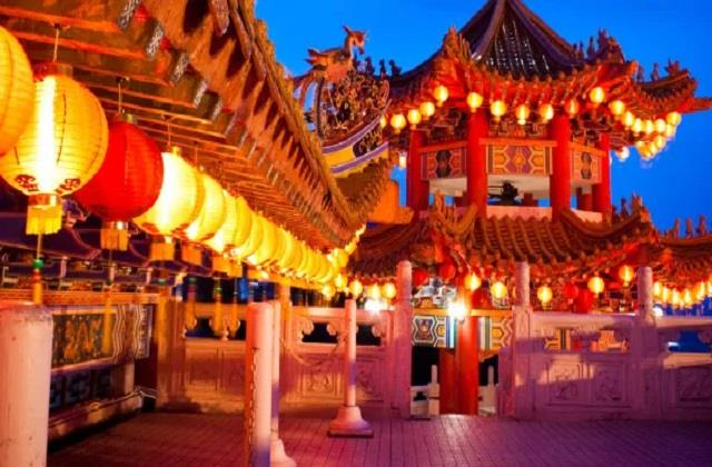 ये हैं चीन के अजब-गजब टूरिस्ट स्पॉट्स, जिसे देखने दुनियाभर से आते हैं लोग