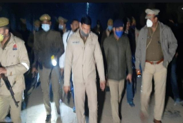 police encounter accused of attacking rss section caretaker one crook injured