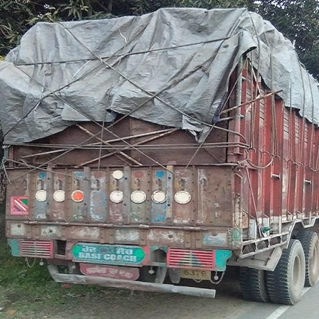 truck full of scrap caught on pandoga barrier recovered fine