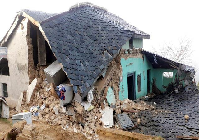 house demolish in basa bajeera