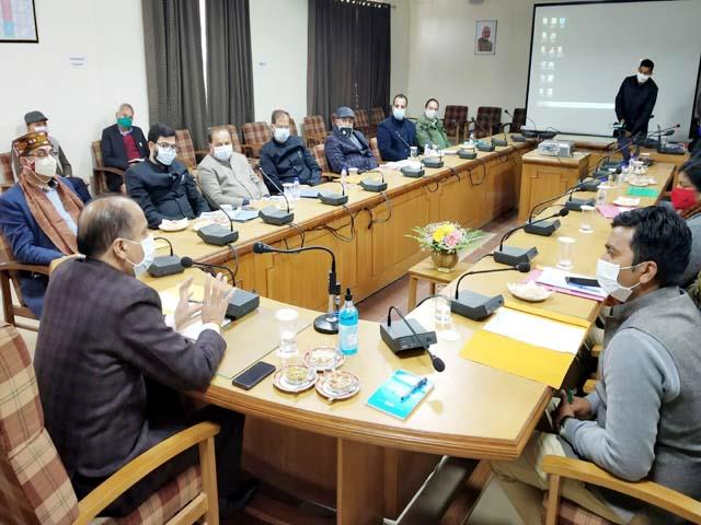 cm jairam thakur review meeting about covid 19 and bird flu