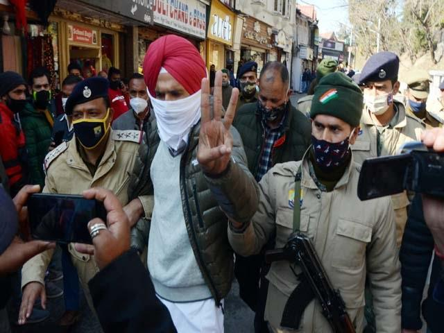 attempted demonstration in support of farmer movement in shimla