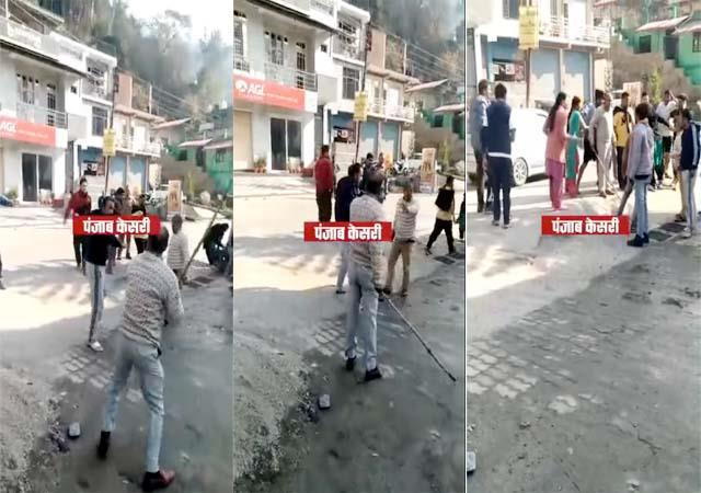 2 groups fighting over overtake in mandi