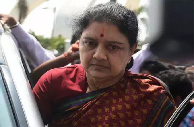 bengaluru sasikala s health deteriorated in central jail admitted in hospital