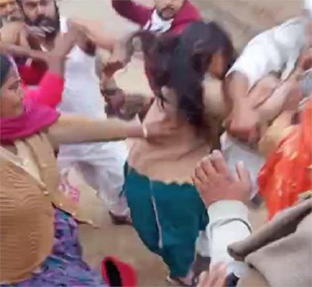 beat up women of sc family see photos