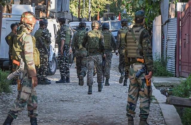 army captain plot for rs 20 lakh know full story