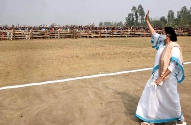 how is hindustan muslim politics divided in nandigram