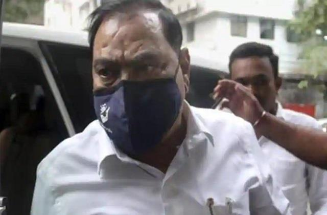 land deal case ed interrogates former minister eknath khadse six hours