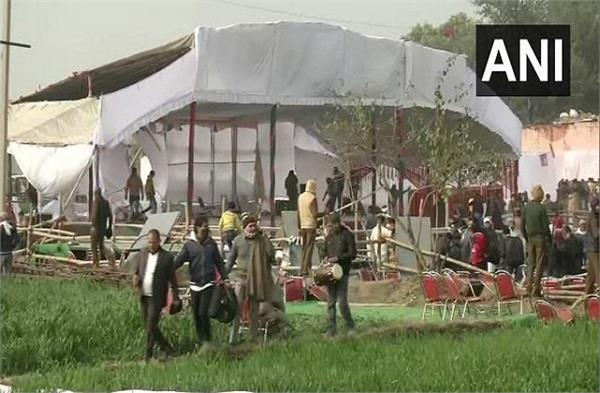 farmers ransacked khattar s kisan mahapanchayat program site