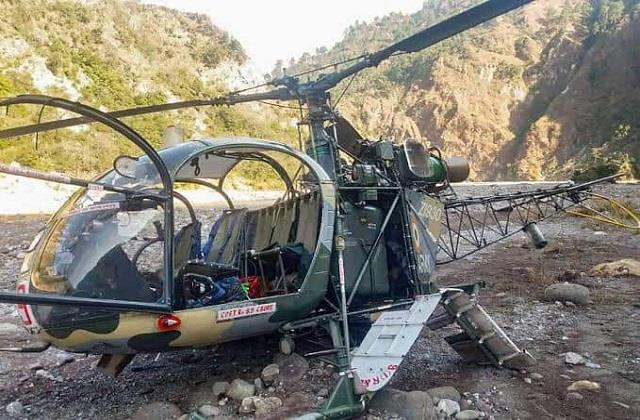 army helicopter crashes in kathua jammu one pilot dead