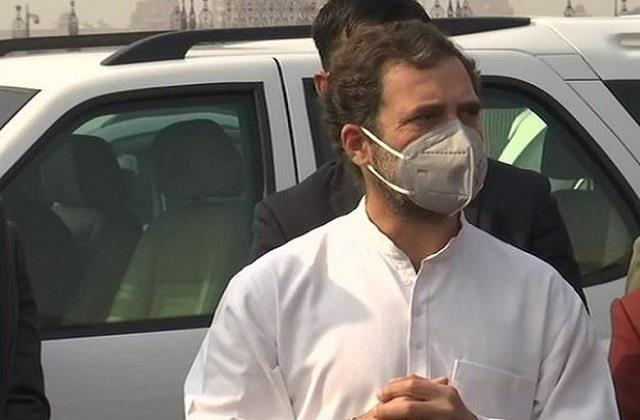rahul holds meeting with senior leaders for kerala elections