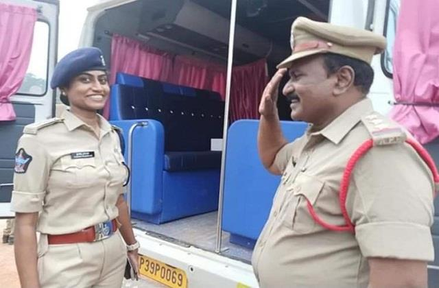 proud moment inspector father hit dsp daughter  salute  said  madam namaste