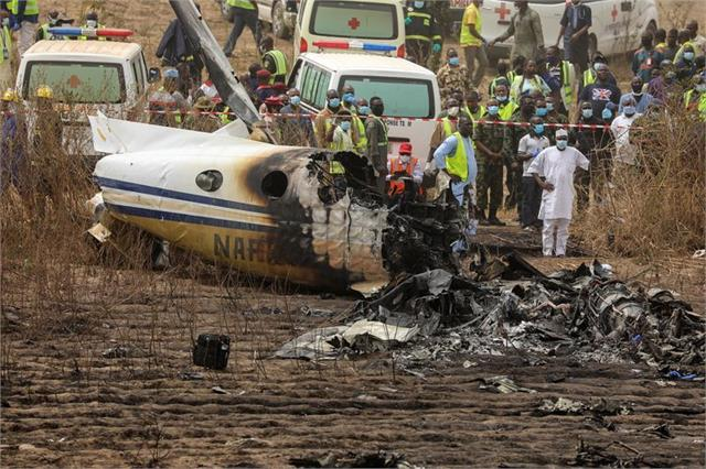 aircraft crashes in mexico alabama and nigeria 15 killed