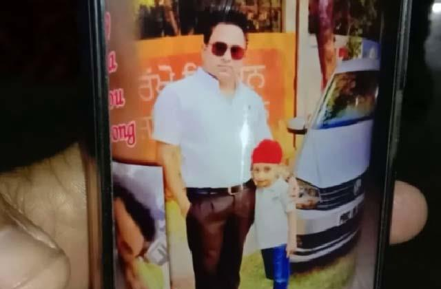 husband killing himself after killing his wife and son