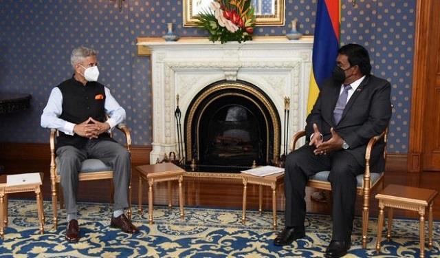 jaishankar meets mauritius prez discusses  super special  bilateral ties