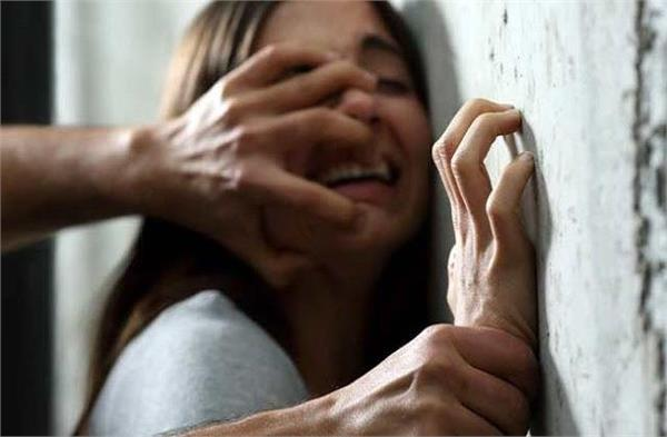 4 people make a minor girl a victim of lust for two months