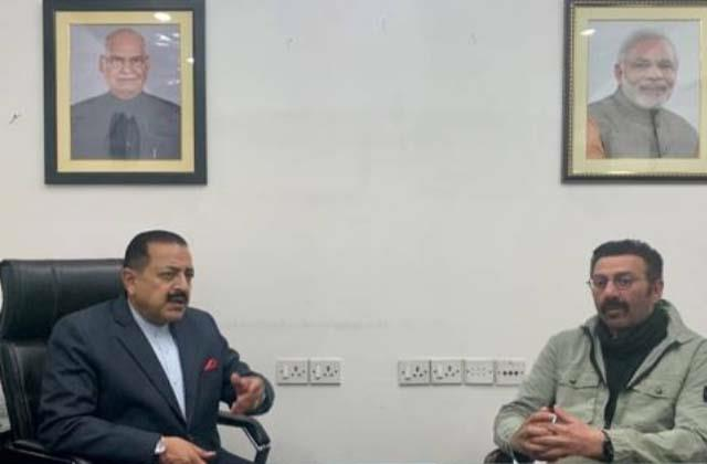 bjp mp sunny deol meets union minister on punjab s development projects