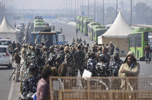 kisan andolan traffic jam in delhi