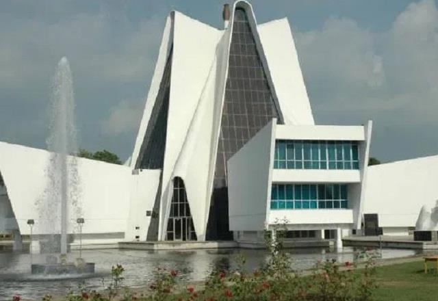 patiala university in deep financial crisis