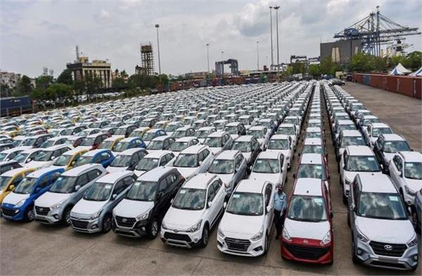 slight improvement in passenger vehicle exports in january