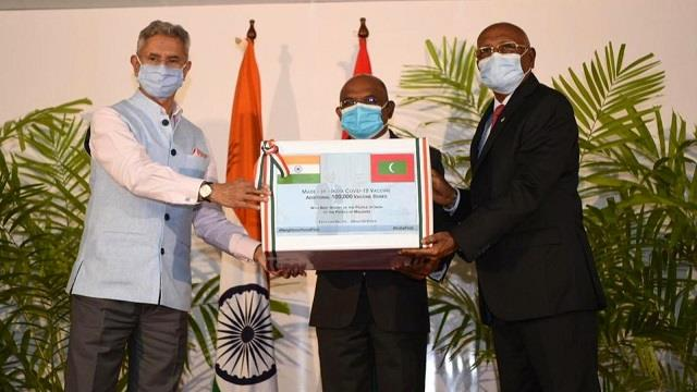 india maldives sign 5 deals eam hands over 1 lakh doses of covid vaccines