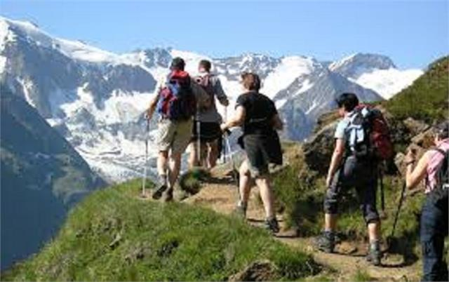 tourism department will provide training of tracking guides and paragliding