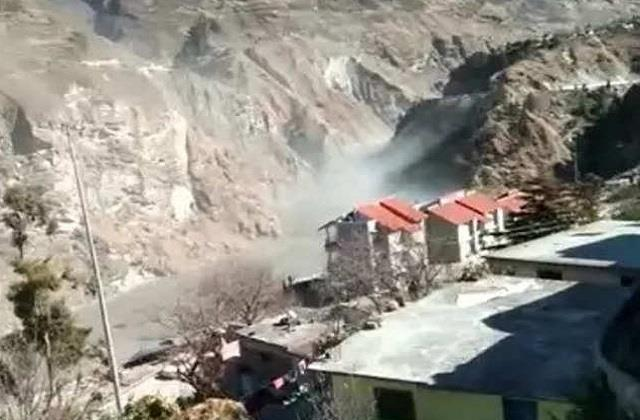 major floods due to glacier breakdown in garhwal region