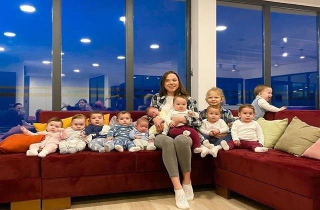100 से ज्यादा बच्चे चाहती है यह महिला, 23 साल की उम्र में ही बन गई 11 बच्चों की मां