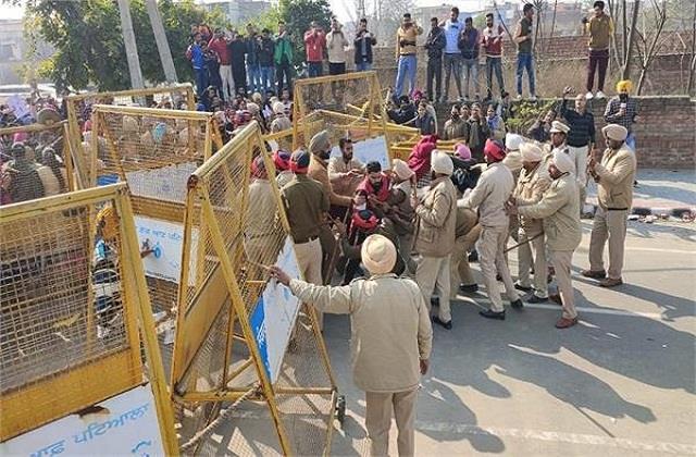 clash between police and teacher