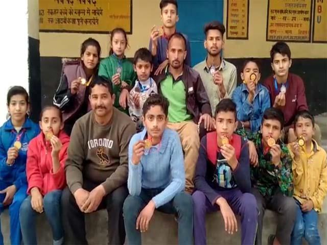 nurpur block kids win 7 gold medal in judo competition