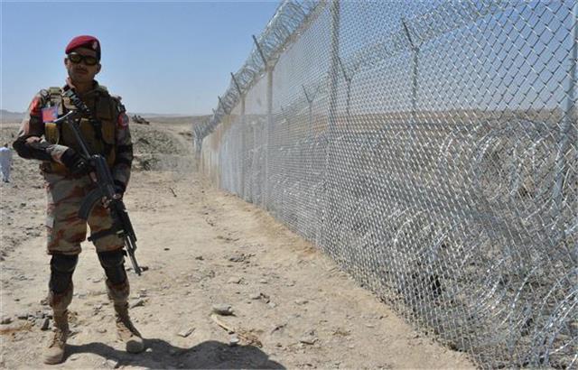 5 pakistani soldiers killed by terrorists in balochistan province