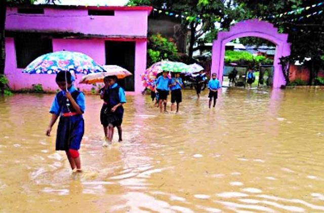 school leave due to heavy rains in puducherry