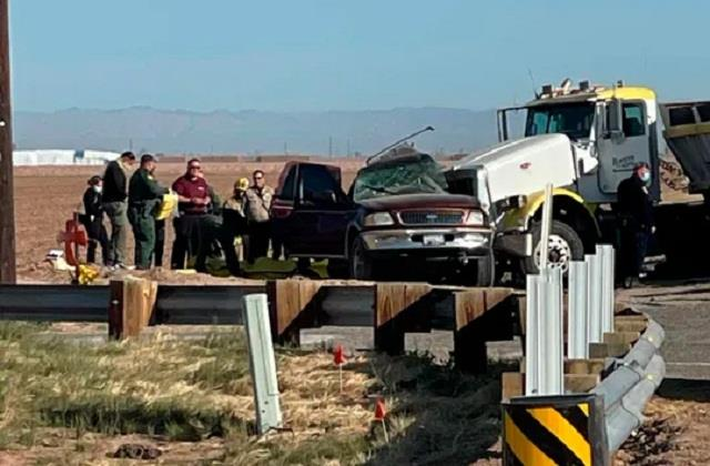 15 people died in road accident in america