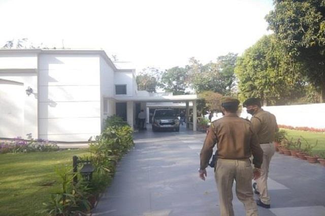 big news ed raids on sukhpal khaira house in money laundering case